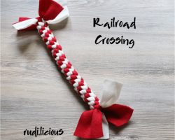 RailroadCrossing